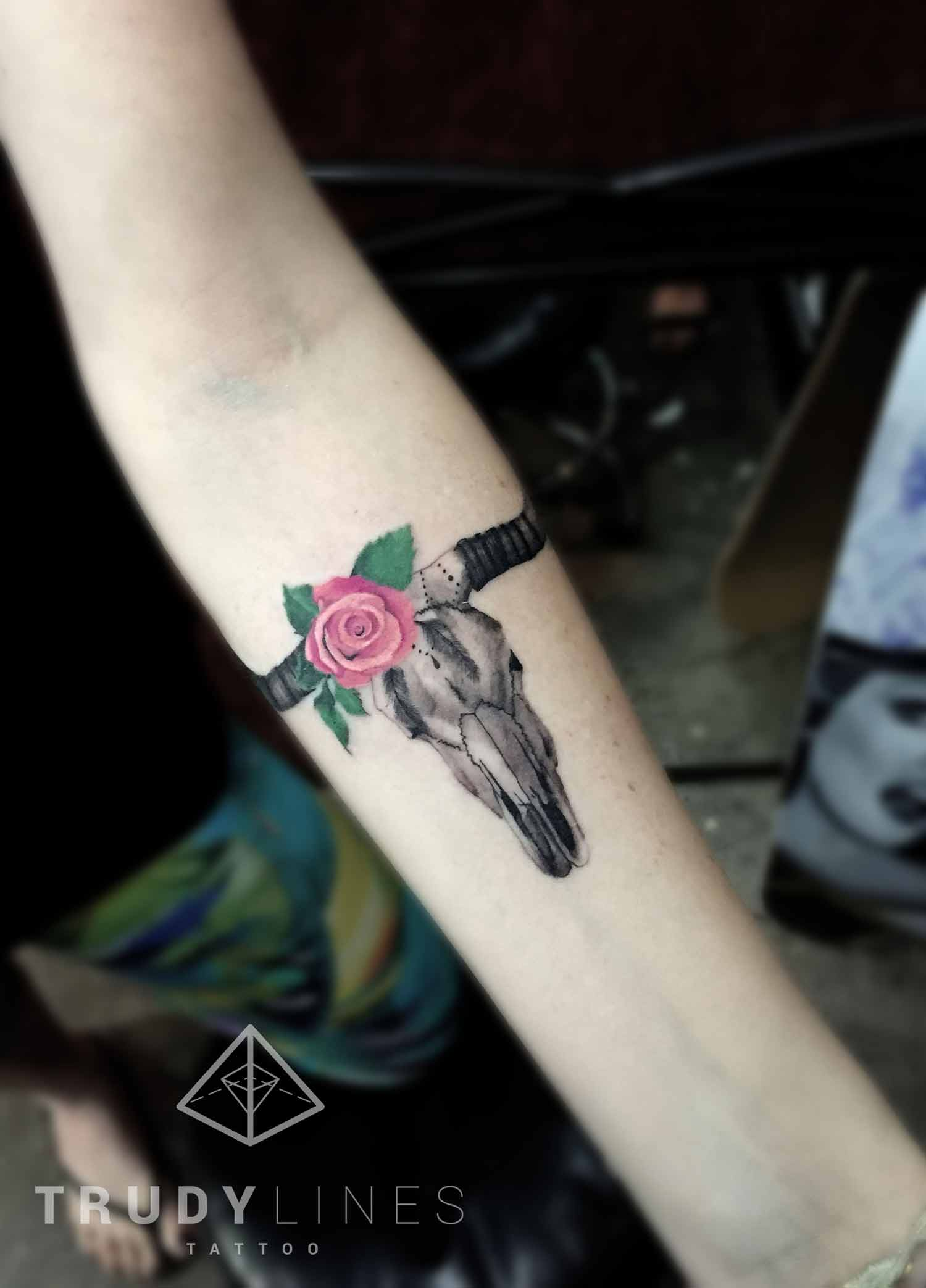 long horn bull skull tattoo